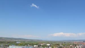 Cumulus congestus, Cumulonimbus calvus (directia NE)